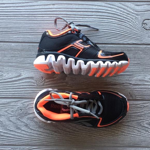 ... Reebok Shoes Nib Box Ziglite Black Vitamin Boy Kids Sz11 Poshmark a44384a82